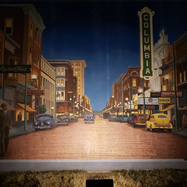 Paducah is a nice town we should have spent more time in. This is picture from a mural that depicted the history of the town.