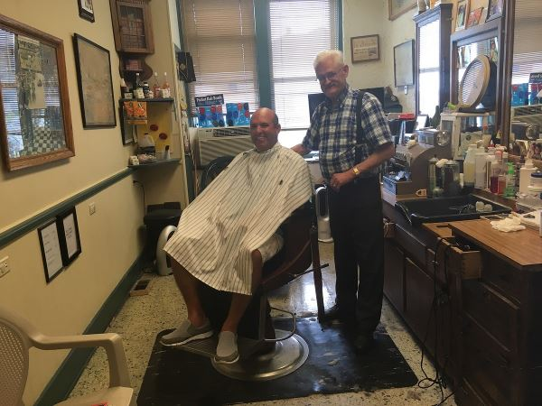 Found an old time Barber in Alton